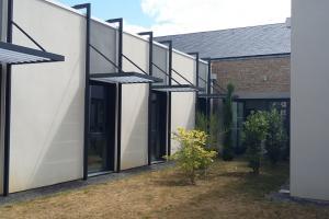 Menuiserie Cassin - Protection solaire - Extérieur - Store métallique